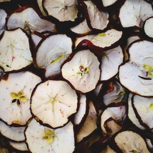 sliced apple for dehydrator